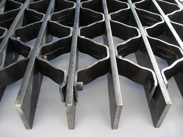 riveted-bar-grating